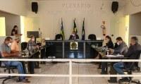 Câmara discute e aprova projetos sobre o Coronavírus