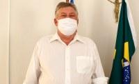 Osnir Roncen é empossado diretor da Câmara Municipal de Corrente